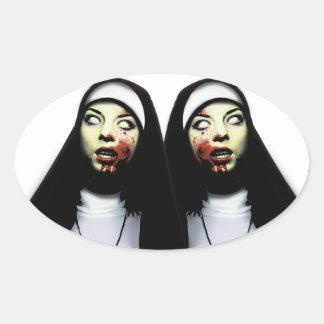 Sticker Ovale Nonnes d'horreur