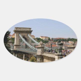 Sticker Ovale Pont à chaînes de Széchenyi, Budapest, Hongrie