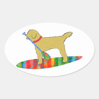 Sticker Ovale Tenez le chien d'or de griffonnage de panneau de