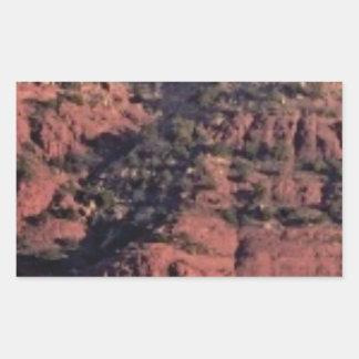 Sticker Rectangulaire bosses et morceaux dans la roche rouge