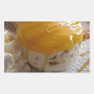 Sticker Rectangulaire Gâteau couvert par confiture de crème glacée
