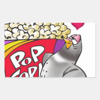 Sticker Rectangulaire Pigeon dans l'amour avec une boîte de maïs éclaté