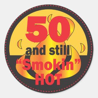 Sticker Rond 50 et Smokin chauds - cinquantième anniversaire