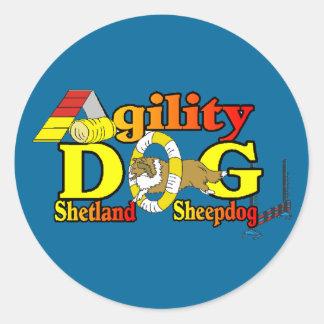 Sticker Rond Agilité de Sheltie de chien de berger de Shetland