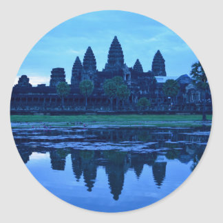 Sticker Rond Aube chez Angkor Vat