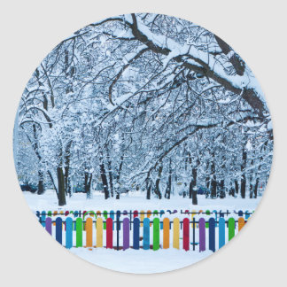 Sticker Rond Barrière colorée d'hiver