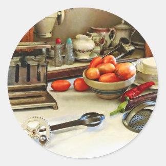 Sticker Rond Bol de tomates sur le compteur