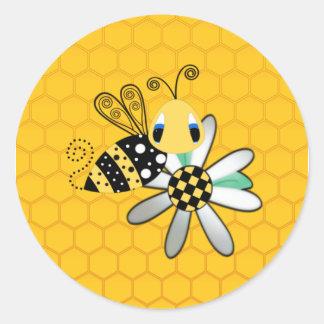 Sticker Rond Bourdon et marguerite avec l'arrière - plan de nid