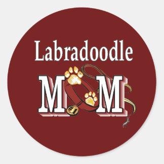 Sticker Rond Cadeaux de MAMAN de Labradoodle