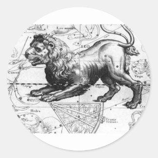 STICKER ROND CARTE DE CONSTELLATION DE LION DANS LE CIEL D'ÉTÉ