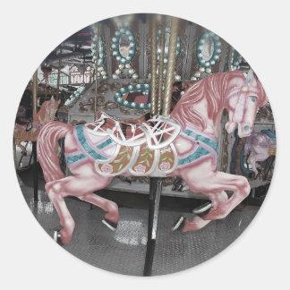 Sticker Rond Cheval rose de carrousel