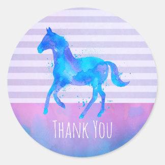 Sticker Rond Cheval sauvage dans le Merci bleu et pourpre
