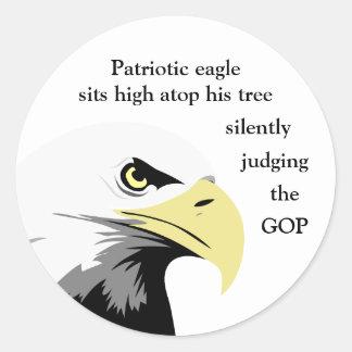 Sticker Rond Commentaire d'Eagle chauve sur la politique