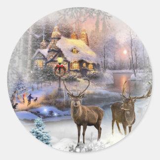 Sticker Rond Cottage de région sauvage d'hiver de Noël
