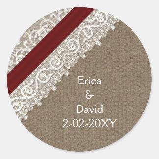 Sticker Rond Dentelle rouge et toile de jute de FAUX, épousant