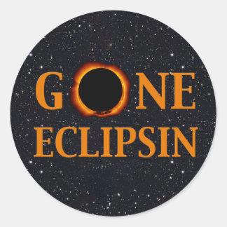 Sticker Rond Éclipse solaire ALLÉE d'ECLIPSIN