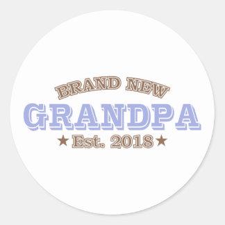 Sticker Rond Est tout neuf de grand-papa. 2018 (pourpre)