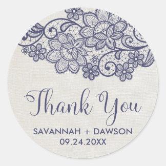 """Sticker Rond Faveur de mariage de """"Merci"""" de dentelle de toile"""