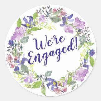 Sticker Rond Fiançailles floral pourpre de mariage nous sommes