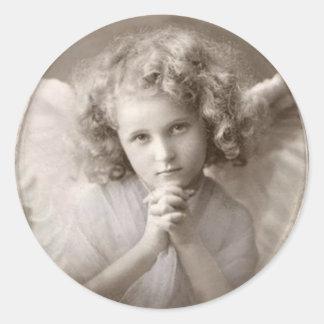 Sticker Rond Fille de prière vintage d'ange