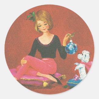 Sticker Rond Fille vintage de Noël avec le caniche français