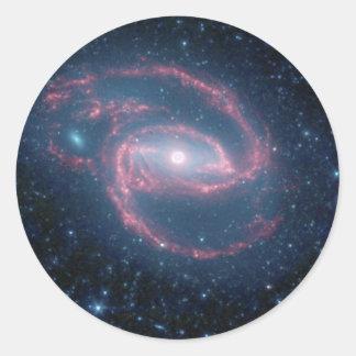 Sticker Rond Galaxie enroulée de NGC 1097 de la nuit