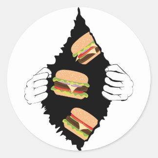 Sticker Rond Grand hamburger savoureux et Hands3