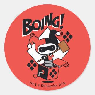 Sticker Rond Harley-Quinn-Dans-UN-Box de Chibi avec le marteau