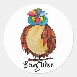 Sticker Rond Hibou magique d'aquarelle avec des plumes