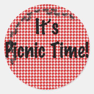 Sticker Rond Il est temps de pique-nique ! Nappe Checkered