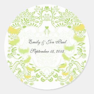 Sticker Rond Inséparables lunatiques de vert de chaux épousant