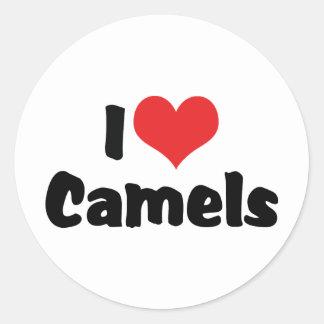 Sticker Rond J'aime des chameaux de coeur