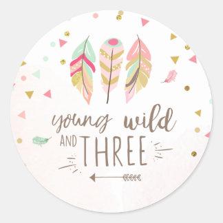 Sticker Rond Jeunes sauvages et trois favorisent l'or de rose