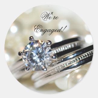 Sticker Rond Joints d'enveloppe de fiançailles d'anneaux et de