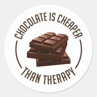 Sticker Rond le chocolat est meilleur marché que la thérapie