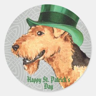 Sticker Rond Le jour Airedale de St Patrick