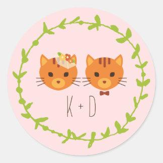 Sticker Rond Les chats lunatiques de forêt rougissent mariage