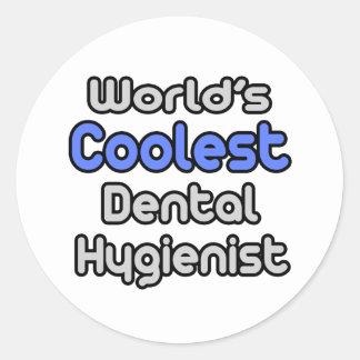 Sticker Rond L'hygiéniste dentaire le plus frais du monde