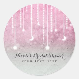 Sticker Rond Lune rose de blanc gris et baby shower céleste