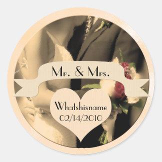 Sticker Rond M. et Mme Wedding avec le nom et la date dans la