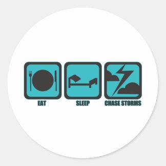 Sticker Rond Mangez les tempêtes de chasse de sommeil