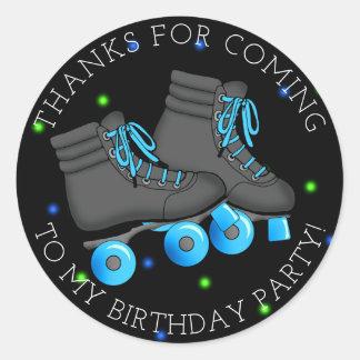 Sticker Rond Merci d'anniversaire de patin de rouleau du garçon