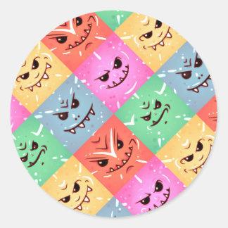 Sticker Rond Motif effronté coloré drôle de visages