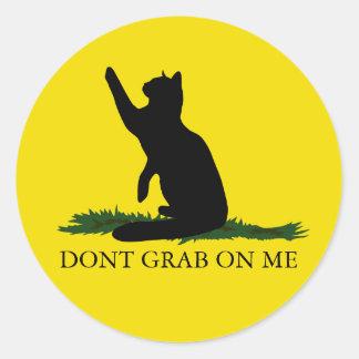 Sticker Rond Ne saisissez pas Kitty