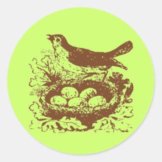 Sticker Rond Oeufs vintages et nid d'oiseau