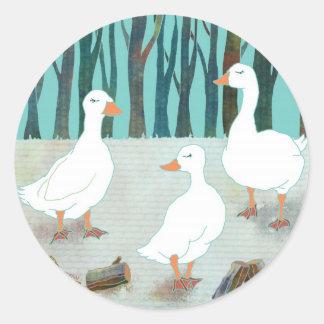 Sticker Rond Oies blanches lunatiques