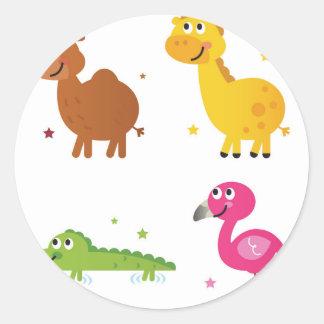 Sticker Rond Petits animaux mignons sur le blanc/T-shirts