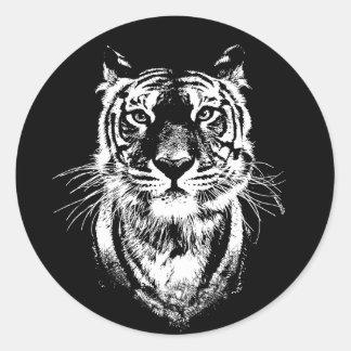 Sticker Rond Portrait impressionnant de chat de tigre. Faune