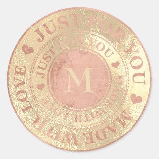 Sticker Rond Rendu avec de l'or rose de monogramme d'amour