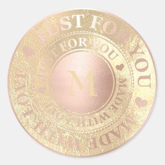Sticker Rond Rendu avec le rose d'or de monogramme d'amour